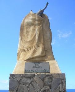 estatua en honor de los sabandeños