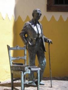 monumento a Néstor Álamo