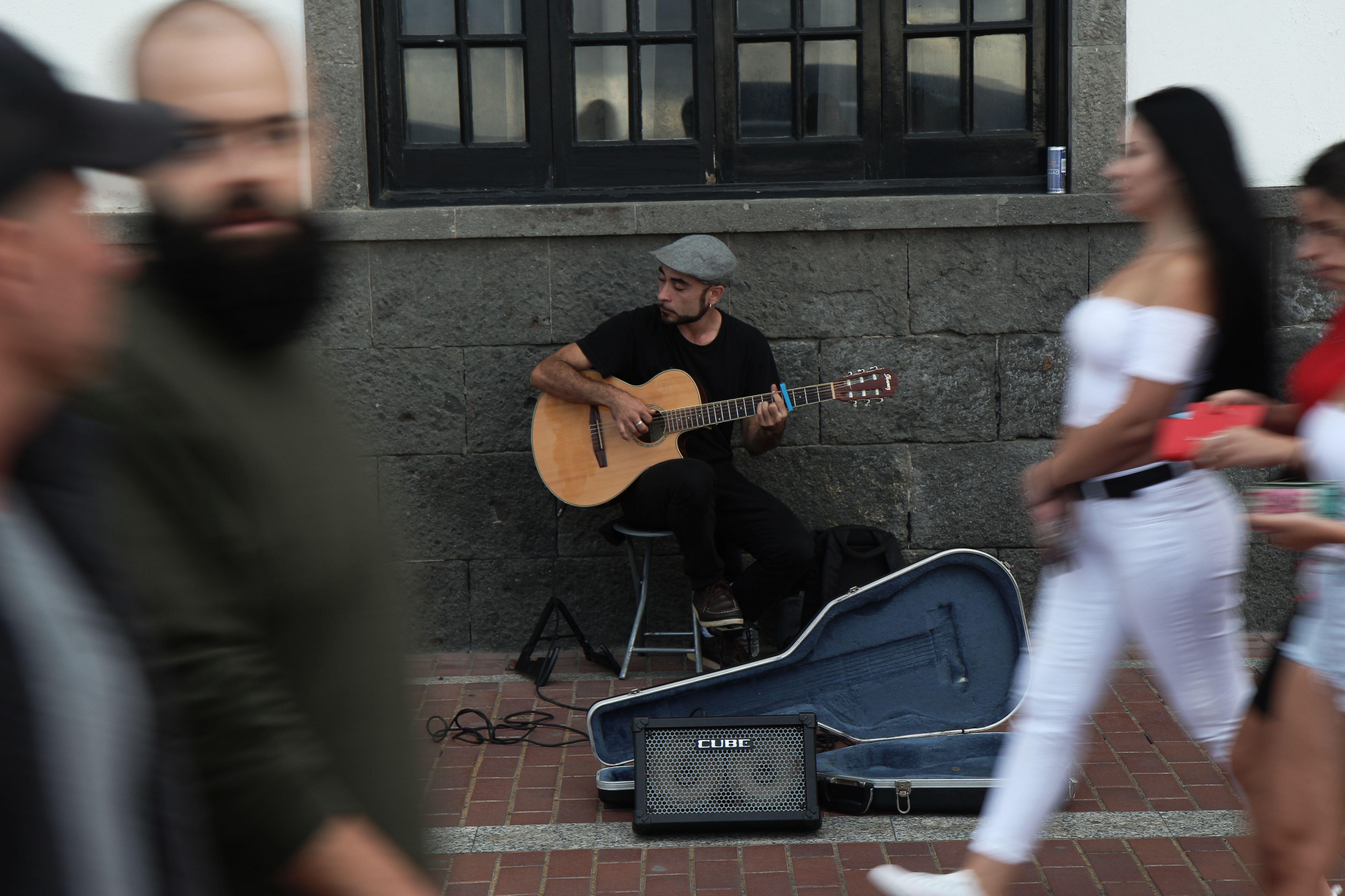 músicos de la calle en canarias