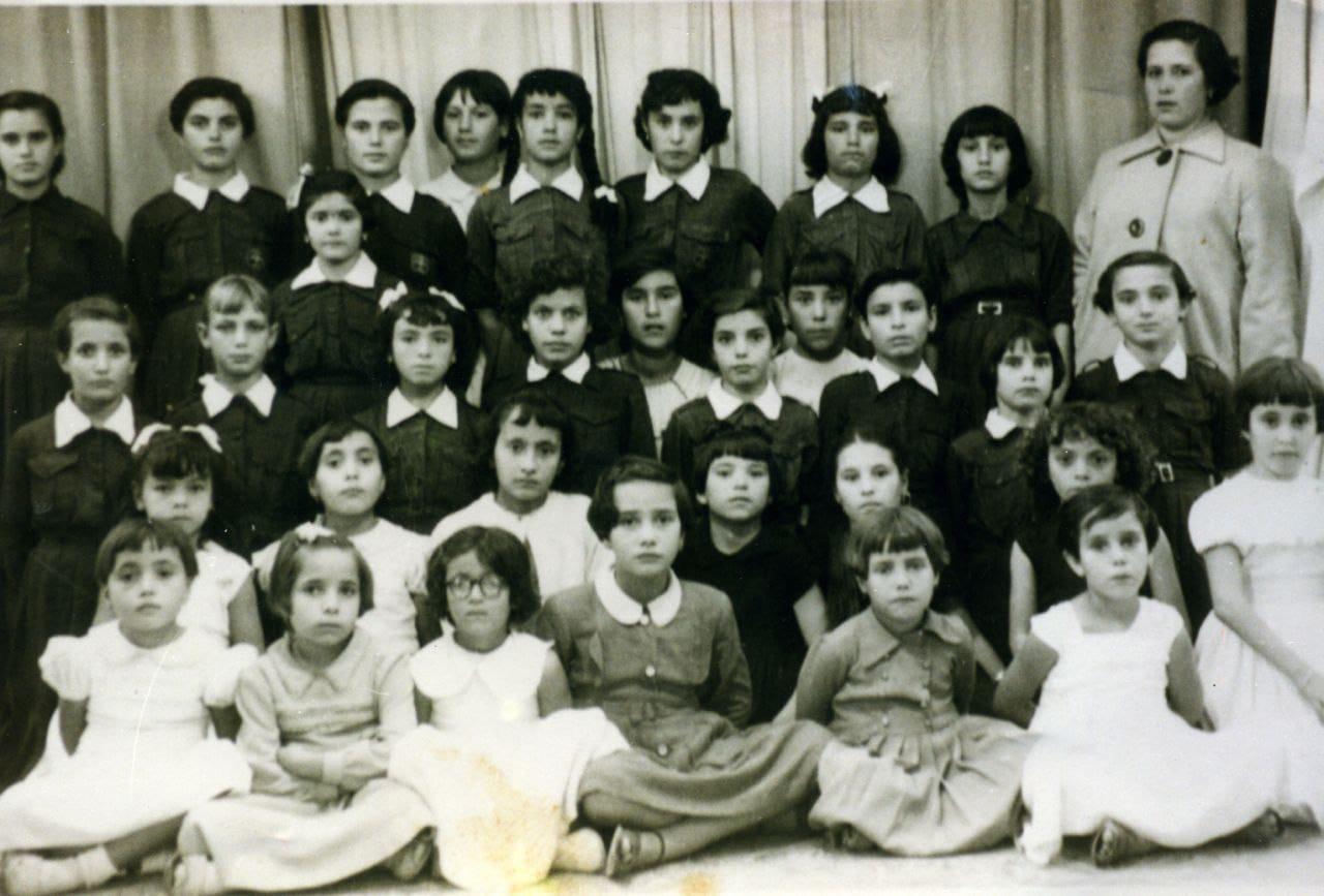 Escuela de niñas historia de la educación en canarias<